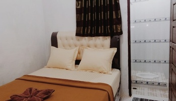Adila Guest House Syariah Bukittinggi - Fullhouse 3 Bedrooms Regular Plan