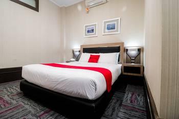 RedDoorz near Taman Bekapai Balikpapan - RedDoorz Room Last Minute