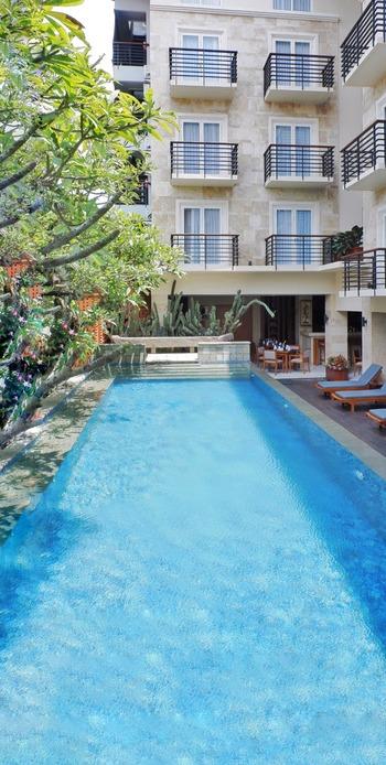 Saris Hotel & Spa Kuta