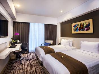 H Sovereign Bali - Deluxe room and Half board with breakfast Basic Deals
