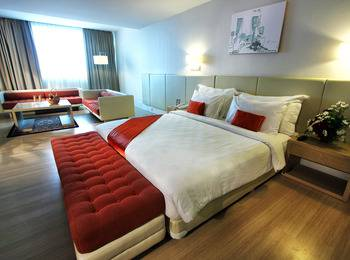 Grand Jatra Balikpapan - Business Suite Room Min 2 Nights
