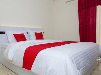 RedDoorz Apartment @ Tamansari Panoramic Soekarno Bandung - RedDoorz Room Regular Plan