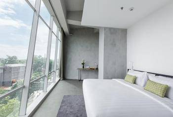 U Janevalla Bandung Bandung - Grand Deluxe Breakfast Non-Smoking (24-Hour Stay) Promo Gajian