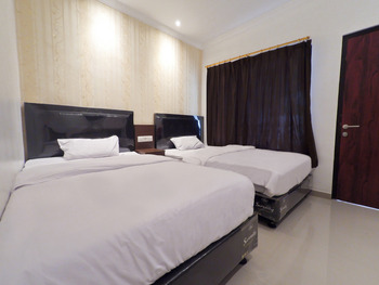 Hotel Aman Karanganyar Kebumen - New Superior Twin Regular Plan