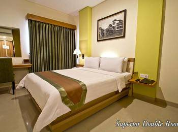 De Batara Hotel Bandung - Superior Double Room Only Longstay Deals!