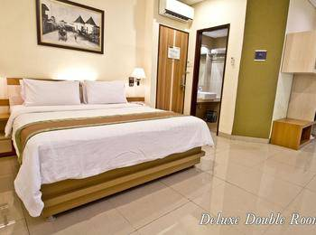 De Batara Hotel Bandung - Deluxe Double Room Only Longstay Deals!