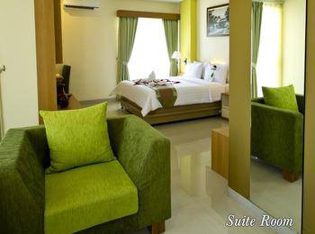 De Batara Hotel Bandung - Suite Balcony Room Only Longstay Deals!