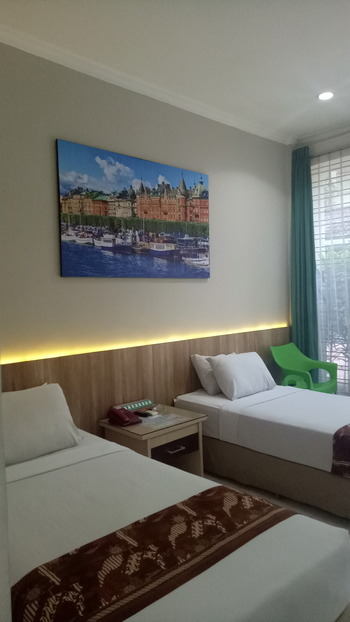 Hotel Sulawesi Jember Jember - Standard Room Regular Plan