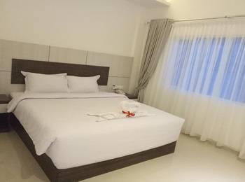 Seventeen Hotel Banda Aceh - Premium Deluxe Room Regular Plan