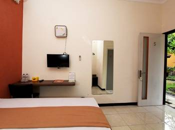 Guest House Rumah Wahidin Syariah Probolinggo - Superior Plus Room Regular Plan