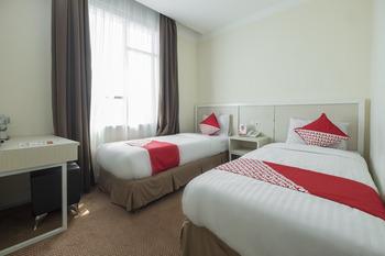 OYO 1114 Hotel Denpasar Makassar Makassar - Standard Twin Room Regular Plan