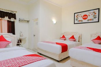 OYO 930 Griya Imafa Malang - Suite Family Regular Plan