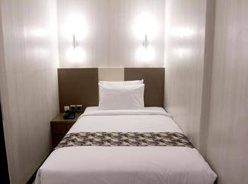 Citra Suites Surabaya - Standard Room Regular Plan