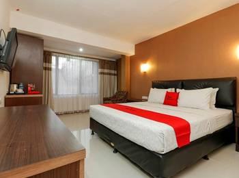 RedDoorz Plus @ Grand Populer Hotel Makassar - RedDoorz Premium Last Minute