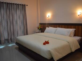 Senjoyo Agung Salatiga - Deluxe Room Regular Plan