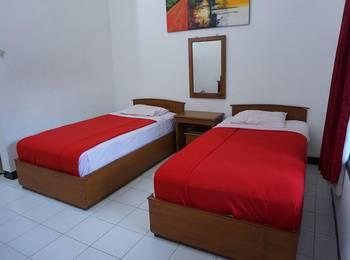 Candisari Hotel & Resto Kebumen - Medium Double Regular Plan