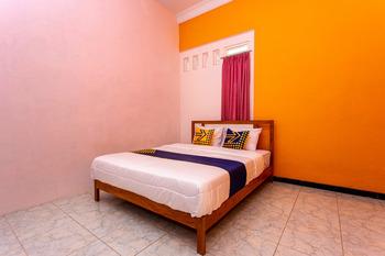 SPOT ON 2697 Homy House Semarang - SPOT ON Twin Room Regular Plan