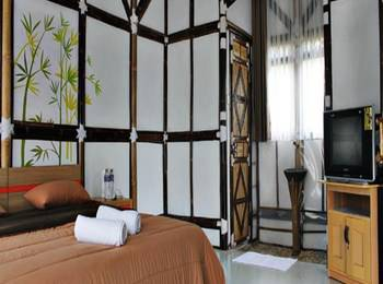 Bamboo Village Bandung - Suite Room Regular Plan