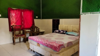 Hotel Sayna Deli Serdang - Deluxe Room Only NR Last Minute