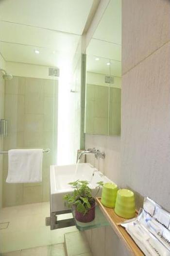 Grandmas Plus Hotel Legian - Special Offer - Two Cozy Double or Twin Room Penawaran menit terakhir: hemat 15%