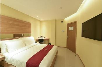 Midtown Xpress Balikpapan - Superior Room Regular Plan