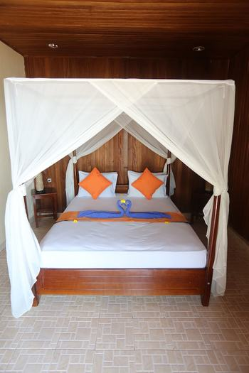 Bastianos Bunaken Dive Resort Manado - Superior Double or Twin Room, Non Smoking, Beach View Regular Plan