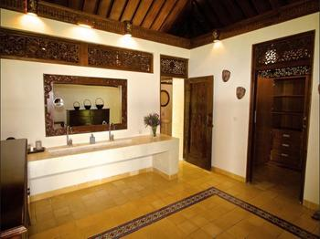 Villa Borobudur Magelang - Vila, 1 Tempat Tidur King dengan tempat tidur Sofa (Villa Diponegoro) Regular Plan
