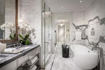 Four Seasons Hotel Jakarta - Suite Eksekutif, 2 tempat tidur queen Regular Plan