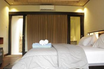 Kaluku Gili Resort Lombok - Deluxe Double Room, Terrace, Poolside Regular Plan
