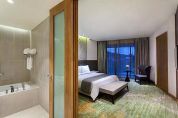 Radisson Golf & Convention Center Batam - Executive Suite Regular Plan
