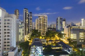 Hilton Singapore - Premium Room, 1 King Bed Regular Plan