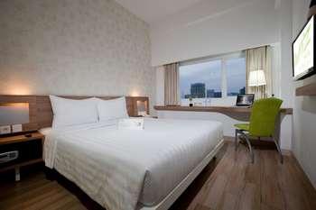 Whiz Hotel Cikini Jakarta - Kamar Standar Double Tanpa Sarapan Regular Plan