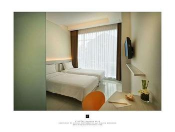 V Hotel & Residence Bandung - Value Twin Room Regular Plan