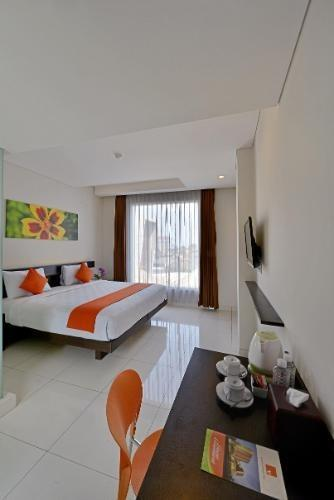 V Hotel & Residence Bandung - Executive Room Regular Plan