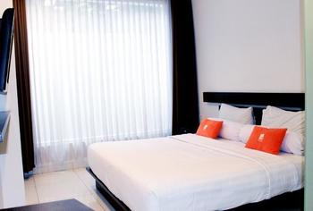 V Hotel & Residence Bandung - Deluxe King Regular Plan