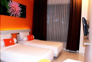 V Hotel & Residence Bandung - Deluxe Room Only Regular Plan