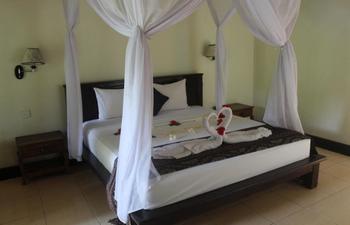 Van Karning Bungalow Bali - Deluxe Garden View Room Only Regular Plan