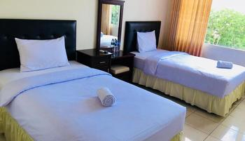 Dragon Palace Hotel Ternate By Amazing Ternate - Superior Twin or Double WELCOME 2019
