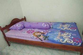 Putry Homestay Kupang Kupang - Standard AC Regular Plan
