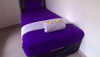 24/7 Bed and Breakfast Bali - Room No 6 Shared Bathroom Regular Plan