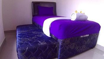 24/7 Bed and Breakfast Bali - Room No 7 Family Room Shared Bathroom Regular Plan