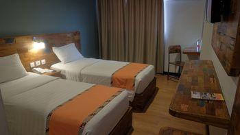 Best City Hotel Jogja - Smart Twin Room Only Jogja Deals