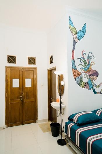 Ostic House Jogja - Double room Regular Plan