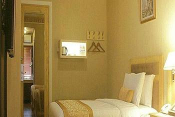 Kangen Hotel Jogja - Superior Twin Room - With Breakfast Regular Plan