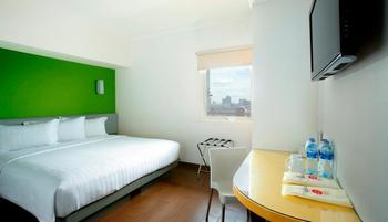 Amaris Mangga Dua - Smart Room Hollywood Special Promo Regular Plan