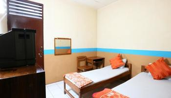 Hotel Wisata Magelang - Standard Room Breakfast Included MINIMUM STAY