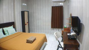 Nasional Hotel Nias - Superior Queen (2nd floor) Regular Plan