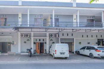 SPOT ON 1710 Sawojajar Inn