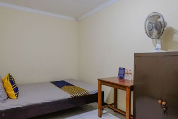 SPOT ON 1710 Sawojajar Inn Malang - Spot On Saver Regular Plan