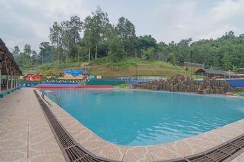 RedDoorz Resort Syariah @ Batu Apung Purwakarta
